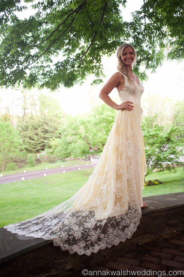 pale yellow wedding gown  bridal couture  janice martin