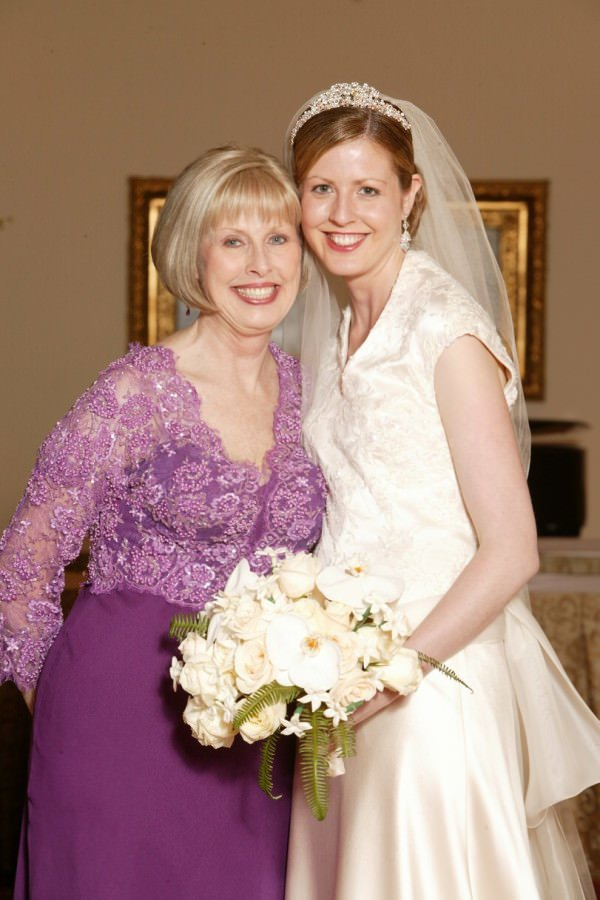 Janice Martin Couture creates bridal gowns, evening wear and custom dresses for women of all ages, styles and shapes.